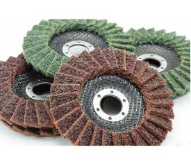 Non-woven flap disc